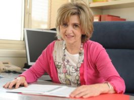 The acting Minister of Health, Consumption and Social Welfare, María Luisa Carcedo,
