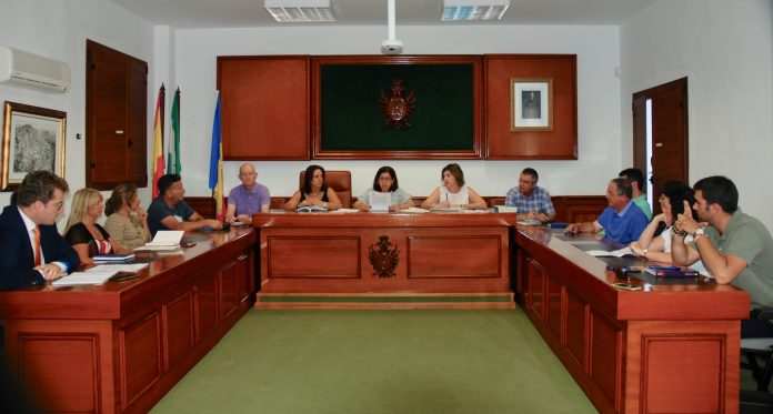 MOJÁCAR´S  NEW COUNCIL HOLDS FIRST MEETING