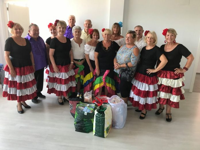 Campoverde Theatre Group Donate to Para Ti Mujer