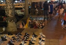 Constant flood of manteros overwhelms Orihuela Costa