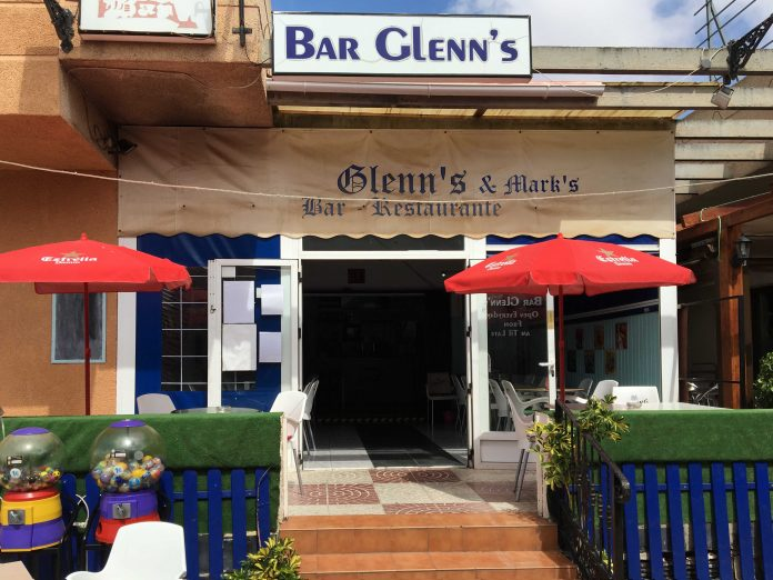 GLEN'S BAR SETS NEW RECORD