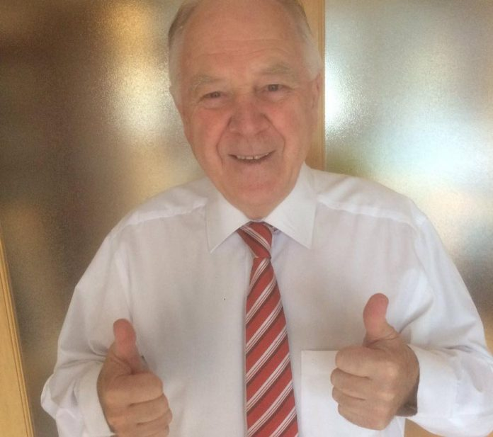 Ex-Scotland boss Craig Brown CBE sends Congrats to Leader Chief Sports Editor