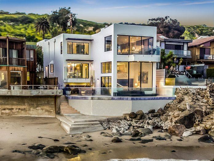 Barry Manilow's Malibu Beach Home