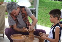 Craft demonstrations return to Hondón de las Nieves
