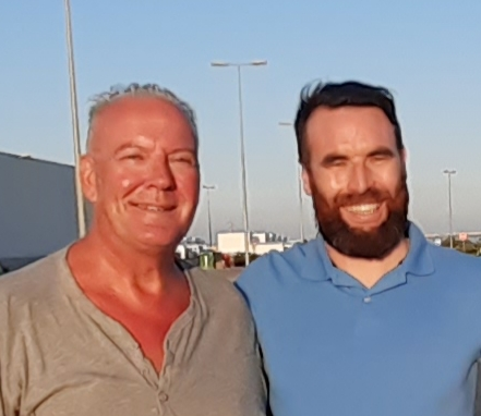 Reporter Andrew Atkinson (left) with Todo Deportivo new coach Lenny Lenehan - The Special One?