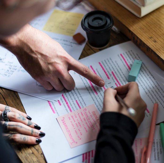 Top Tips On How to Write a Business Report Assignment