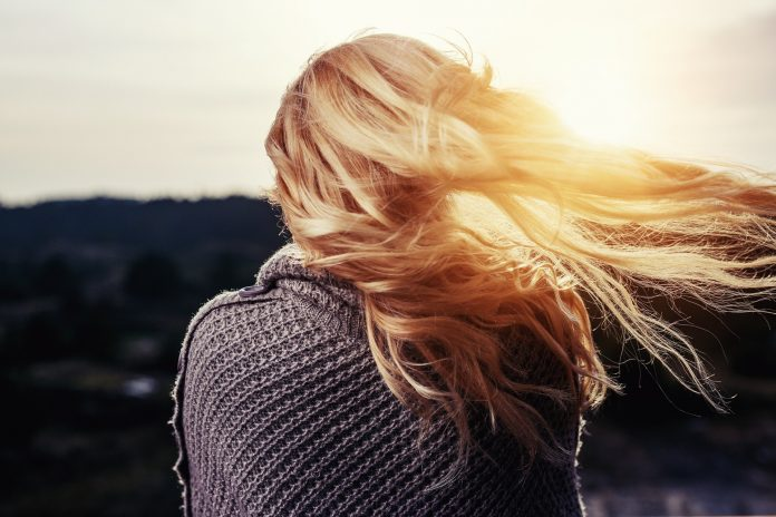 How Can Your Hair Be Damaged By The Sun?