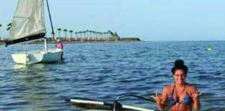 Marta Penalver relaxes on the Mar Menor.