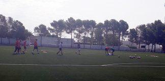 Todo Deportivo train Tuesdays and Thursdays, during 9-10.30pm, at Los Montesinos Municipal stadium.