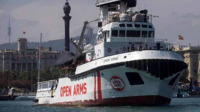 'Open Arms' rejects the Government's offer to land migrants in Algeciras