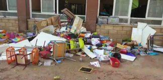 Six Orihuela schools remain closed
