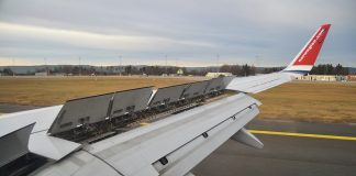 The slats have been designed to prevent the plane from stalling in its bid to slow down.