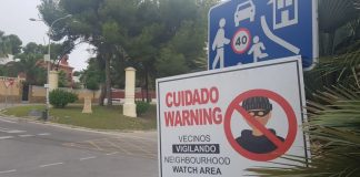 Residents of Comunicaciones set up night patrols