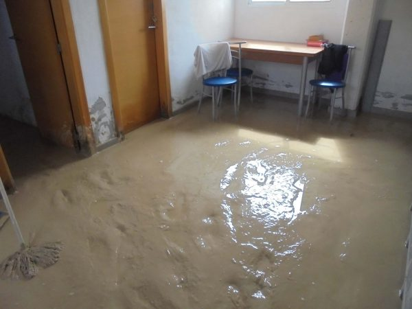 STAFF ROOM COVERED IN MUD IN ASOKA ORIHUELA