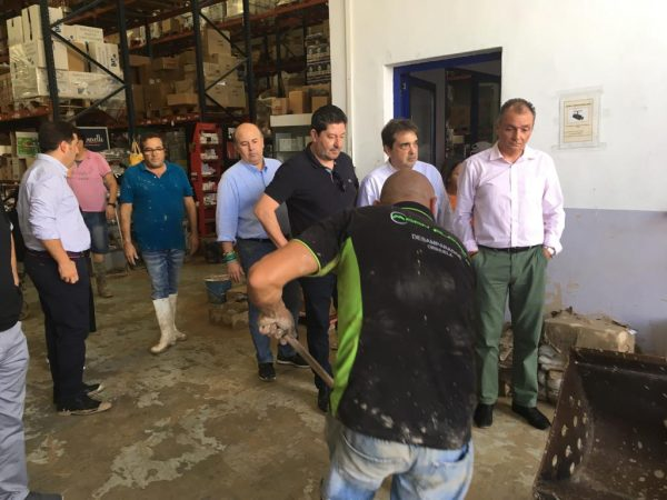 Visiting Comercial Donate