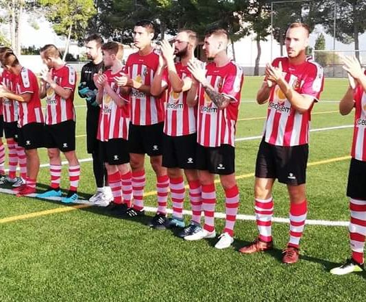 CD Montesinos players ahead of the annual Fred Griggs Memorial Trophy.