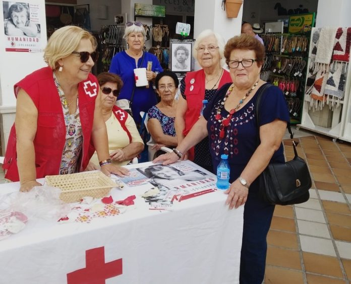 """MOJÁCAR SENIOR THEATRE"" LAUNCHED BY TOWN 'S RED CROSS"