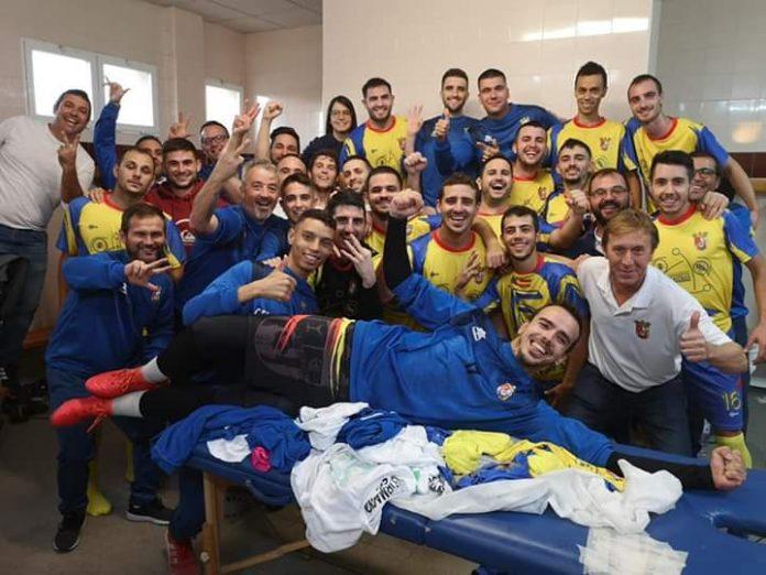 CF Sporting Albatera 'A' celebrate after dramatic 4-3 win against CF Bigastro.
