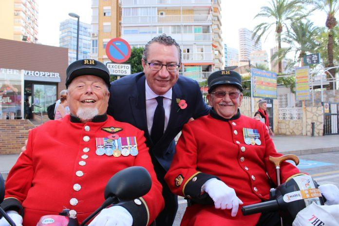 Wayne Campbell and Skippy Teasdate with the Mayor of Benidorm Tony Perez