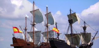 Replicas of Nao Victoria and the Galeón España arrive in Torrevieja