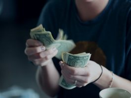STUDENT LOAN: PROS AND CONS