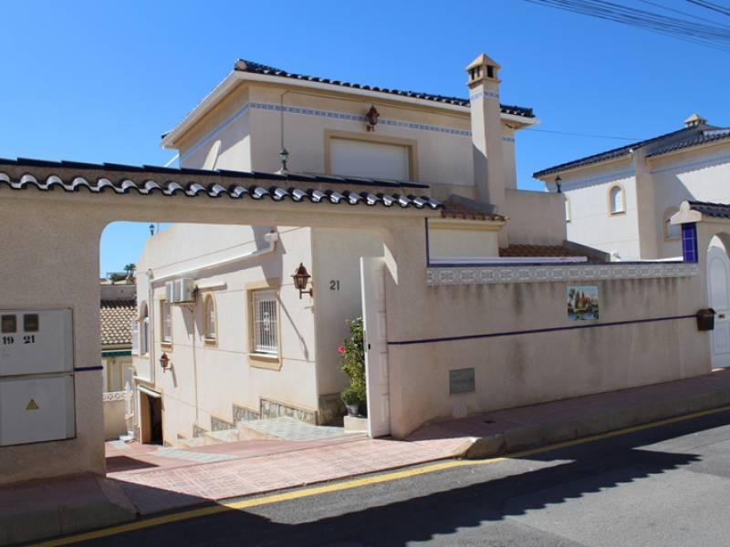 Detached villa for sale in Spain, Alicante, San Miguel de Salinas