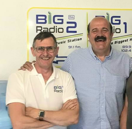 First week of leukaemia treatment over for Villamartin snooker ace Willie Thorne, pictured here with Big FM owner Rickie Sparks