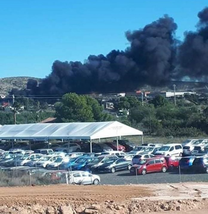 Fire close to Alicante airport