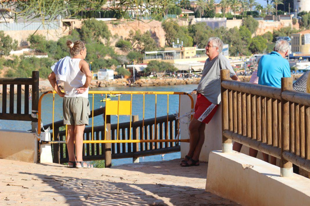 Cabo Roig coastal walk remains a danger to pedestrians