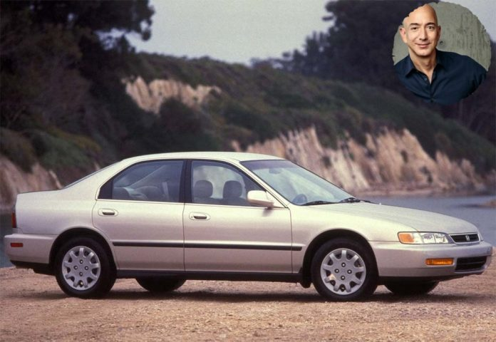 Amazon CEO Jeff Bezos , the richest man in the world, is worth $ 135 billion but drives a 20 year old Honda Accord