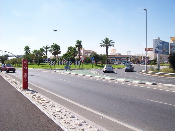 The couple were approached by two people at a car park, near to La Zenia beach on Monday