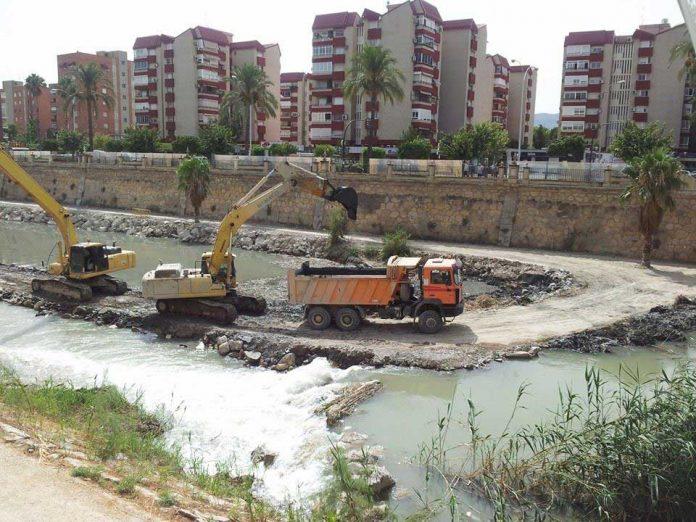 Dredging of Guardamar Port will take three months