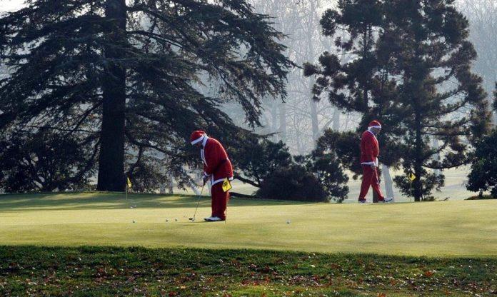 Santa practising his putting