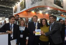 Ximo Puig, Carlos Mazón, Minister Reyes Maroto and Torrevieja Councillor Rosario, at the fair.