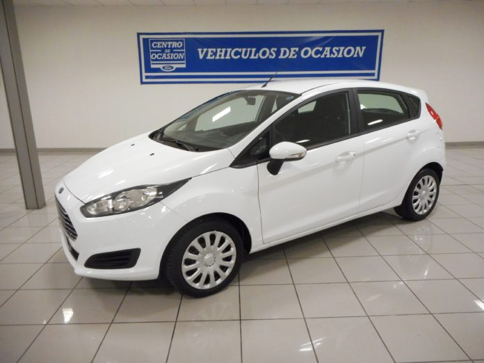 Cars for sale: Ford Fiesta Petrol Automatic 2015 (000003)