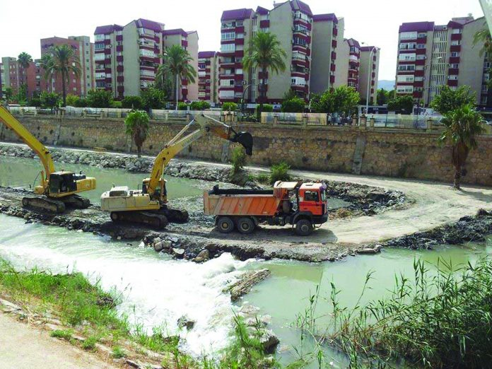 Dredging underway at mouth of River Segura