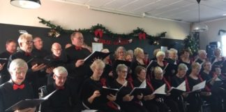 Crescendo International Choir, made up of singers from at least 10 different countries, sing at Casa Contenta in Rojales.