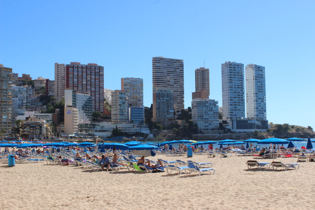 Benidorm Hotels to close within three days