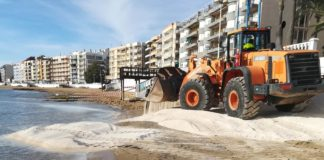 Costas working to save Torrevieja's Los Locos beach