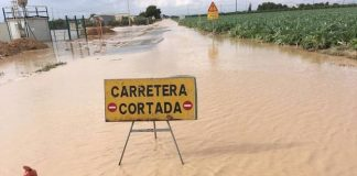 RESIDENTS TOLD TO GET OUT OF HOUSES IN URRUTIAS AND NIETOS