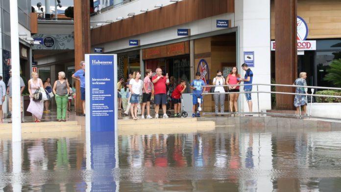 Torrevieja heaviest rainfall since 1927