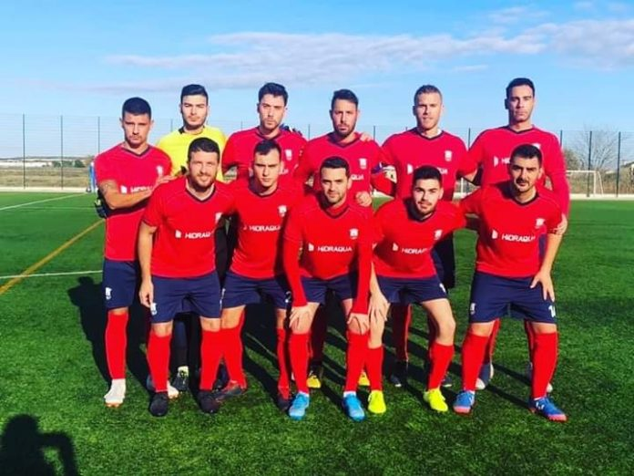 C.F. Sporting San Fulgencio fightback against Racing.