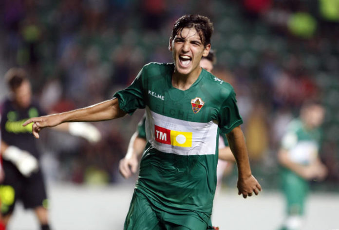 Elche 21 year old midfielder Gonzalo Villar