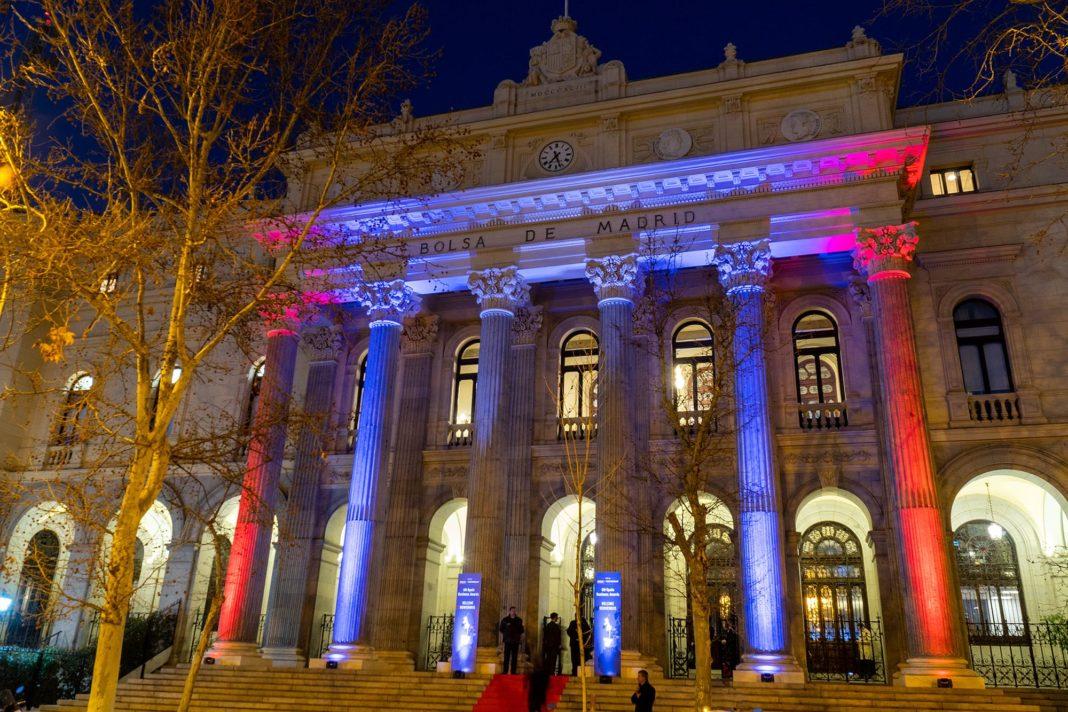The ceremony was held at the Palacio de La Bolsa, in Madrid