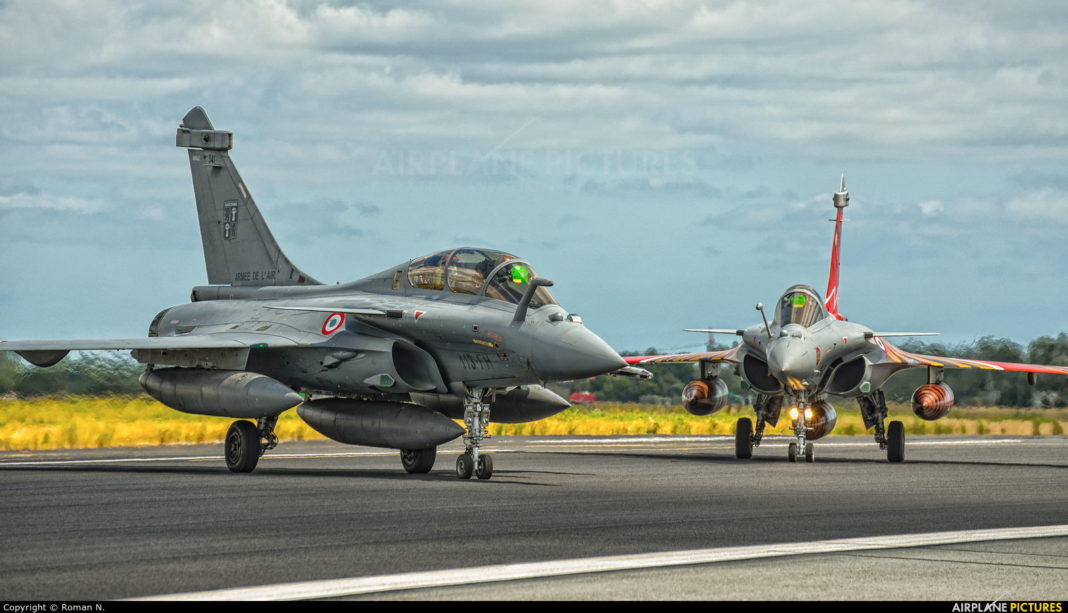 Four French fighters land at Alicante-Elche airport