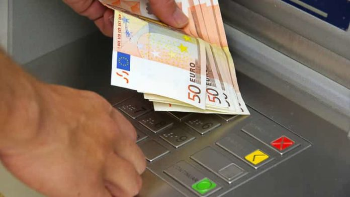 Spain-wide fraud nets Six million euro from dead people's pensions