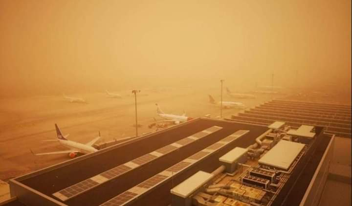 Sandstorm - Calima - at the closed airport.