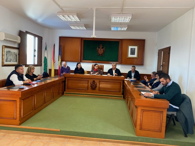 Mojácar Council continues with