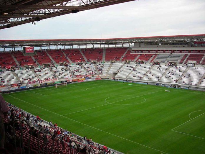 Estadio Nueva Condomina' by sebasgs