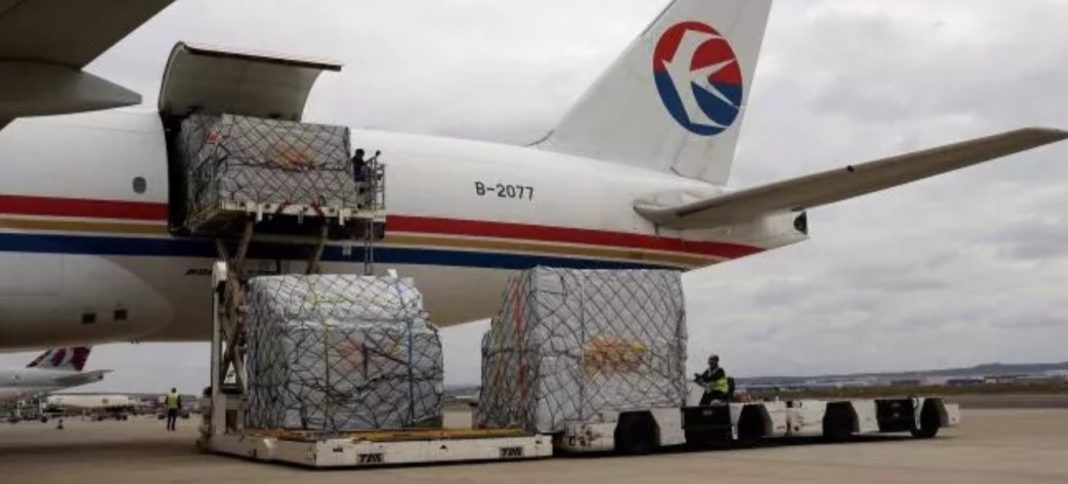 Medical supplies arrive in Spain from China